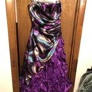 Purple psychedelic prom dress